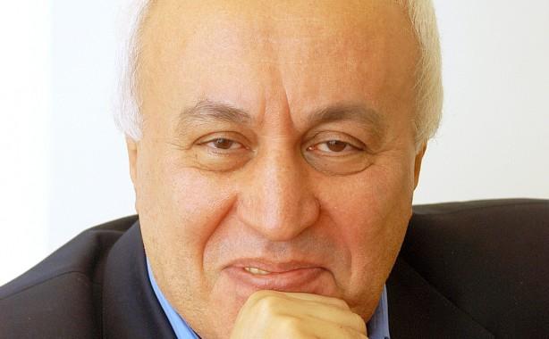 Prof. Dr. Faruk Şen, Avrupalı Türk gazetecilerle buluşuyor